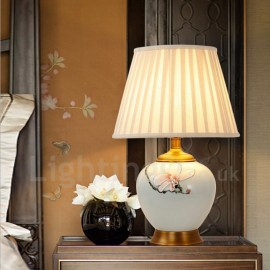 Traditional/Classic LED Integrated Ceramics Copper Table Lamps