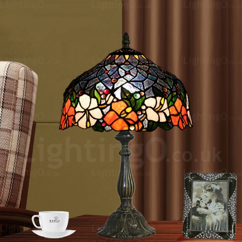Living Room With Wooden End Table And Tiffany Lamp: Flower Pattern 12 Inch Handmade Tiffany Table Lamp Living